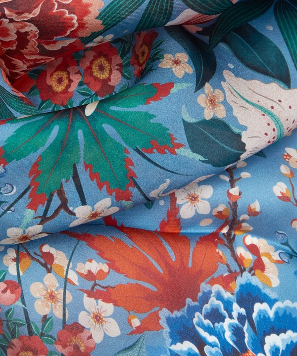 ハル 140x140 シルク スカーフ 詳細画像