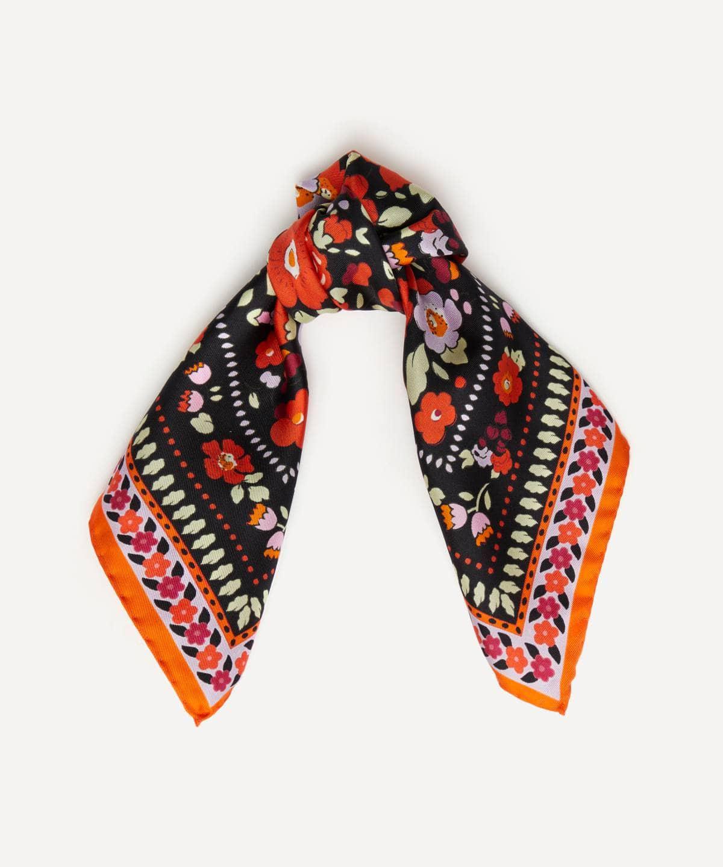 ベッツィ 45x45 シルク ツイル スカーフ 詳細画像